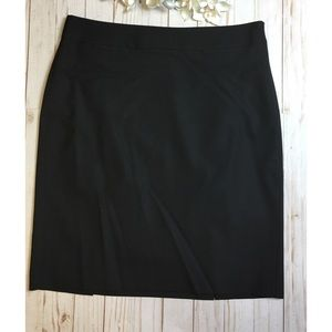 Banana Republic black pencil skirt size 12